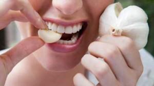 Нет лучше средства от холестерина, чем зубчик чеснока