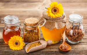 мёд, подмор и цветочная пыльца